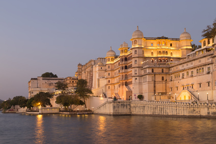 This photo was shot from Udaipur city at twilight time. Udaipur city palace was built over a period of nearly 400 years being contributed by several kings of the dynasty. It is located on the east bank of the Lake Pichola and has several palaces built within its complex.